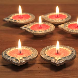 Aromatic Terracotta Silver Coated Diyas