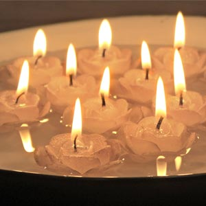 Rose Shaped Floating Paraffin Candles-Silver